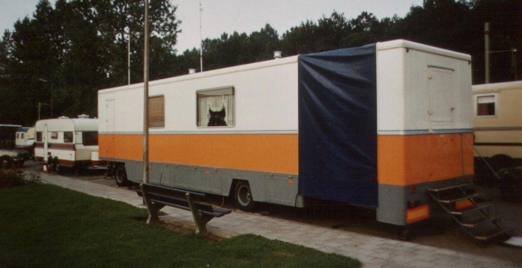 woonwagen 1983 later van Geven Grand Carrousela