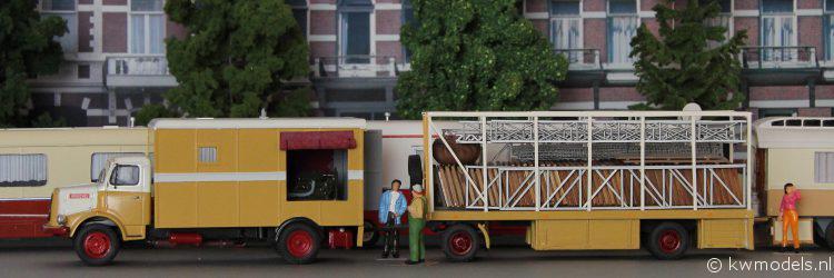 henschel met vloerenwagen